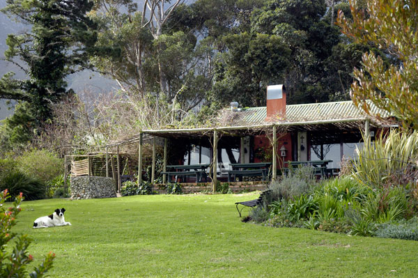 Moggs Country Cookhouse-1