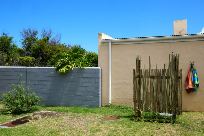 Onrus Cottage self-catering accommodation near Hermanus and Cape Town ourdoor shower